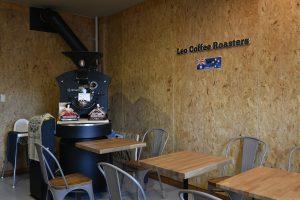 カフェ OSB合板 店舗リノベーション