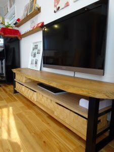 DIYのテレビボード